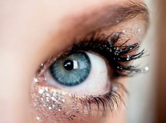 Close up occhio blu