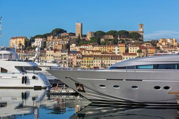 Deurstickers Mediterraans Europa Silver Yacht Cannes
