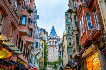 Photo sur Toile Con. Antique Galata tower in Istanbul, Turkey.