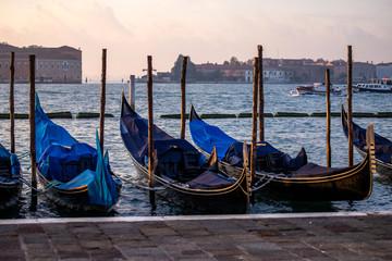 Foto op Aluminium Gondolas gondolas on grand canal in venice