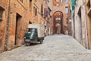 Keuken foto achterwand Smal steegje Siena, Tuscany, Italy: ancient alley in the old town