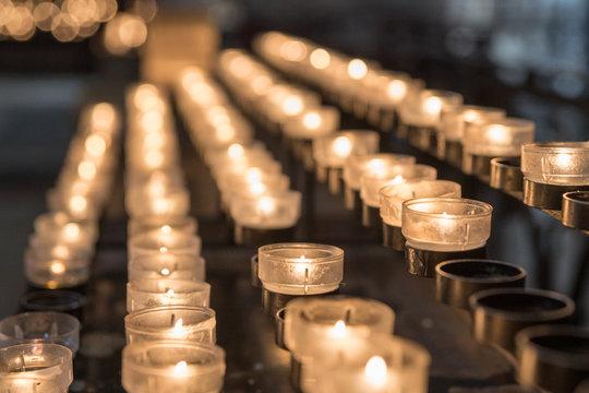 Kerzen, Kirche, Gebet