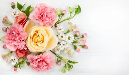 Festive floral composition. Fotobehang