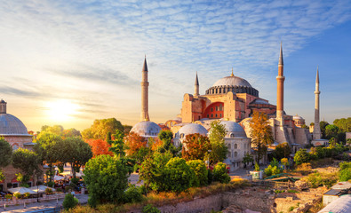 Papiers peints Con. Antique Hagia Sophia, the former cathedral and an Ottoman Mosque, a famous place of visit in Istanbul