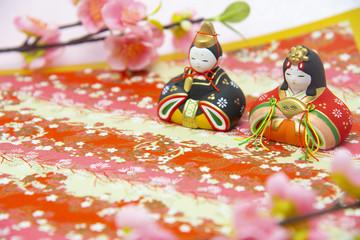 ひな祭りイメージ ひな人形と和柄