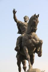 アミール・テイムール像