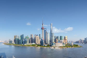 Fotobehang - shanghai skyline in sunny sky
