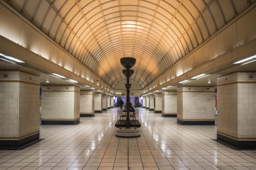 The lower concourse of London Underground Gants Hill tube station