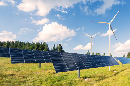 Erneuerbare Wind und Sonnen Energie Produktion