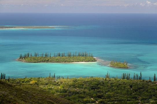 paysage paradisiaque et lagon