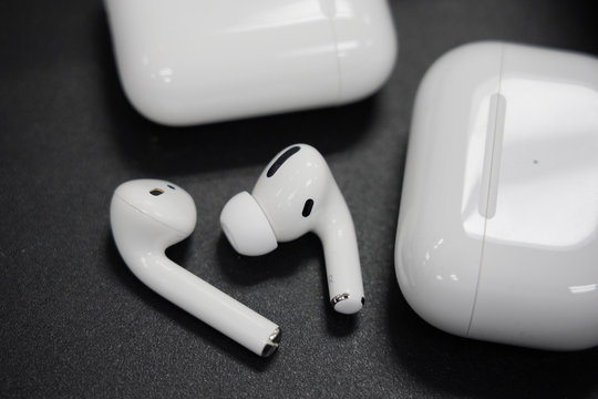 BANGKOK,THAILAND-NOVEMBER 27: Close-up on The New Apple Airpods Pro Compared with Apple Airpods 2 on November 27,2019