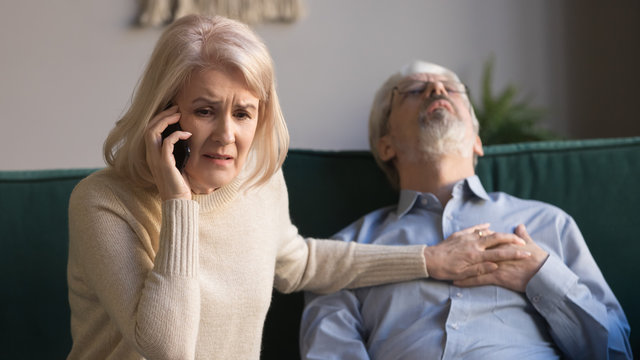 Wife makes emergency call while husband lies with heart attack