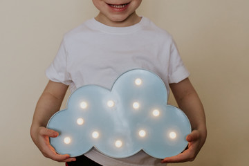 Obraz Lampka, światełka, pokój dziecięcy, niebo, chmura, zabawa. - fototapety do salonu