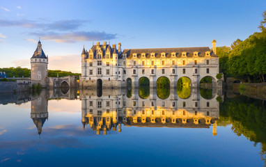 Chateau de Chenonceau is a french castle spanning the River Cher near Chenonceaux village, Loire valley in France Fototapete