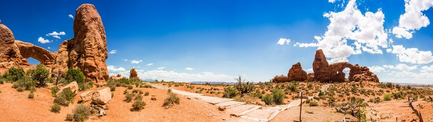 panoramic picture of turret arch in the arches national park