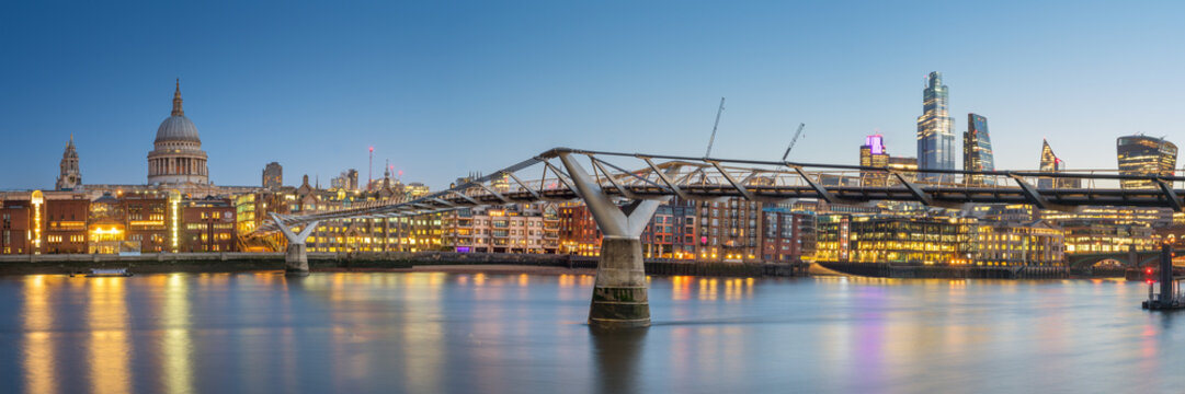 Panoramic View of the Millenium bridge and St Paul cathedral in London