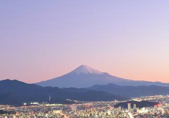 朝鮮岩山頂にて朝焼けの富士山