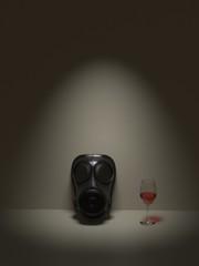 ガスマスクとワイン