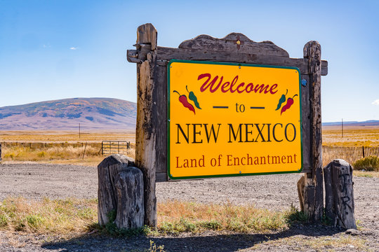 Welcome to New Mexico Sign - Land of Enchantment