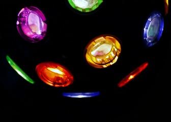 Bunte Lichter in Leuchtball