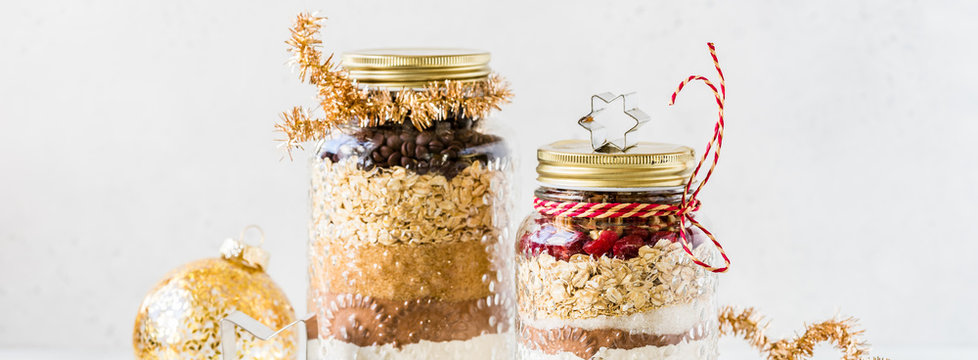 Christmas Cookie Mix in Jars