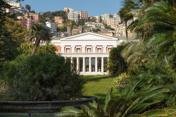 Stores à enrouleur Naples The Villa Pignatelli (Museo Pignatelli) in Naples,