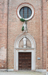 Fototapete - Entrance of Church Santa Maria Gloriosa dei Frari in Venice, Italy