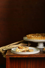 nutty tart cake with almonds and caramel