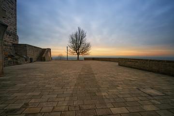 Hambacher Schloss zum Sonnenaufgang