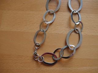 Modekette mit Ringen und Verschluss