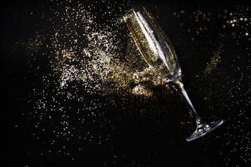 Fototapeten Alkohol Christmas amd Happy New Year Champagne
