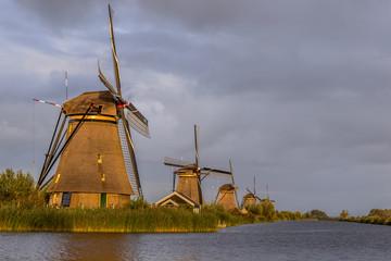 windmills kinderdijk in holland