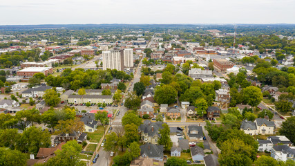 Fotomurales - Overcast Day Aerial View over the Urban Downtown Area of Bowling Green Kentucky