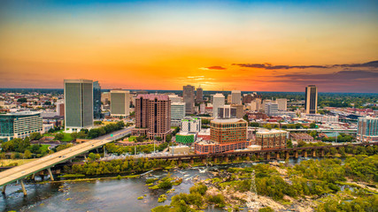 Richmond, Virginia, USA Downtown Drone Skyline Aerial Fototapete