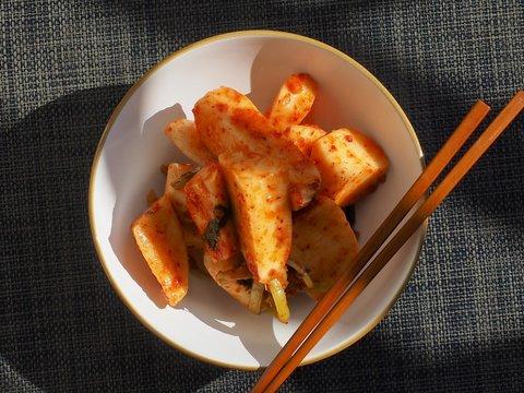 한국의 전통음식 신선한 무 김치
