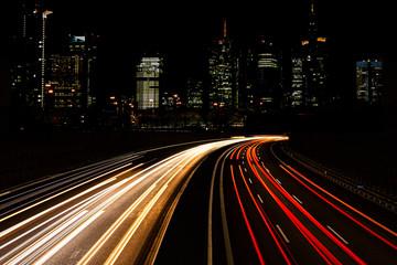 Fotobehang Nacht snelweg traffic in city at night