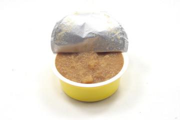 confezione di crema di marmellata alla mela