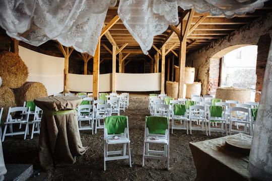 wedding location in a barn