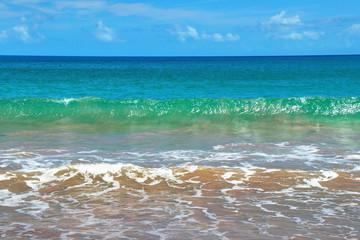 Vagues plage Riflet en Guadeloupe Caraïbes Française