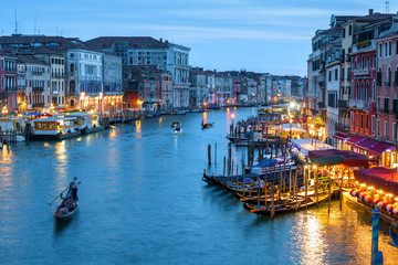 Fototapete - Venice at night, Italy. Scenery of the Grand Canal in evening.