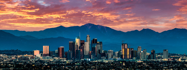 Wall Mural - Los Angeles Skyline at sunset