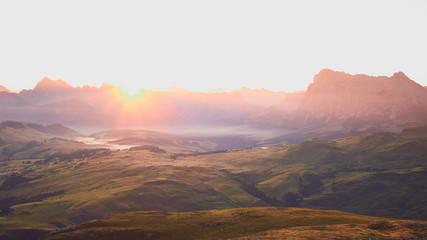 Fototapeten Lachs Beautiful Sunrise in Dolomites Italy