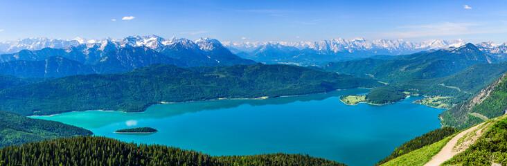 Wall Mural - Ausblick auf den Walchensee und in die bayrischen Alpen