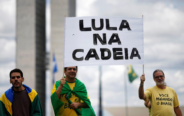 Protest to demand a bill to repeal a recent Supreme Court ruling on convicts, in Brasilia
