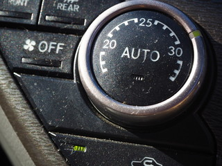 車のエアコンの写真