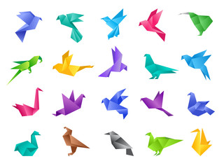 Origami birds. Stylized polygonal dove geometrical abstract shapes from clean paper vector animals isolated. Illustration dove and bird pigeon, paper polygonal origami animal Fotomurales