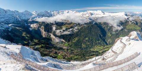Foto auf Leinwand Weiß Lauterbrunnen Valley from Männlichen, Switzerland