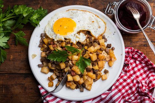 Pyttipanna hash traditional Swedish food
