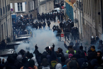 Second nationwide strike in France against pensions reform plans