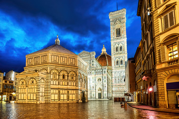 Wall Mural - Santa Maria del Fiore cathedral in Florence, Italy